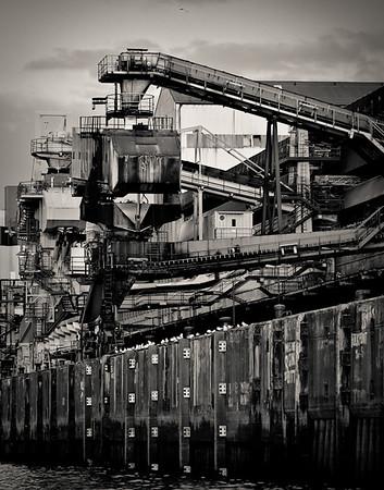 KaliKai Hamburg im Hafen zum verladen von Salz