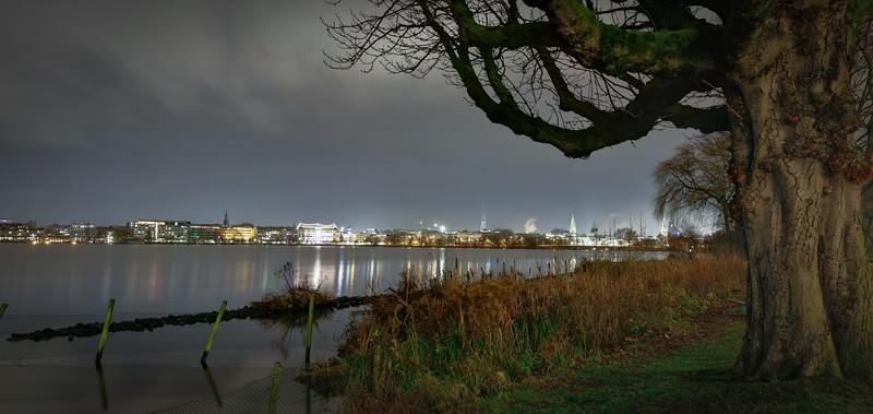 Außenalster Hamburg bei Nacht