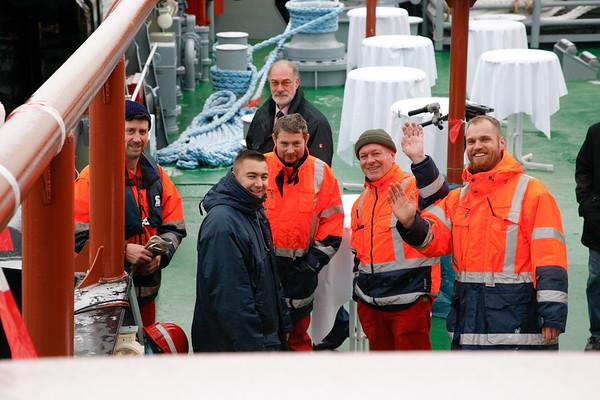 Die Crew hat das Schiff für diesen Tag auf Hochglanz gebracht.