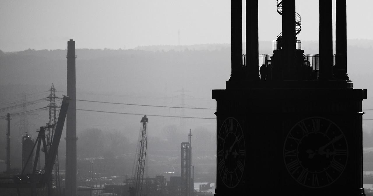 Silhouette Michel Turm schwarz-weiß