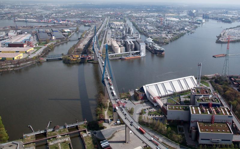 Luftbild köhlbrandbrücke Hamburg