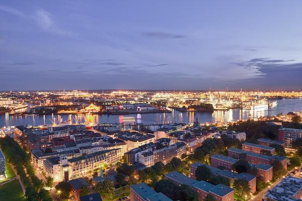 Aussicht vom Michel nach Süden am Abend Hamburg