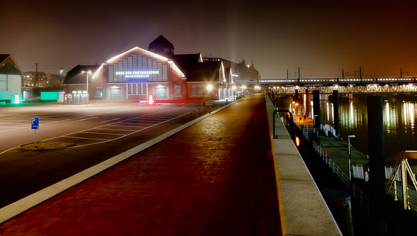 Deichtorhallen Hamburg bei Nacht