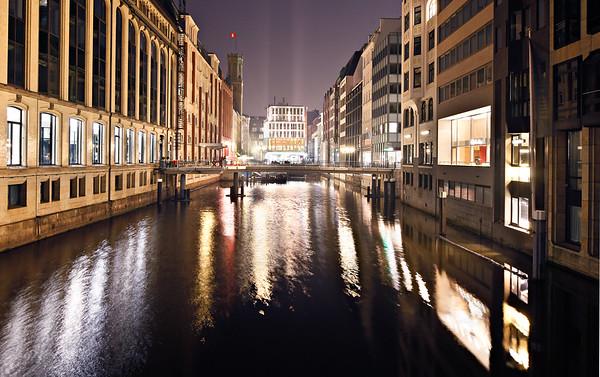 Bleichen Fleet Hamburg am Abend