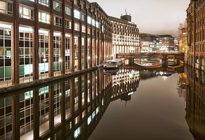 Alster Fleet Hamburg bei Nacht