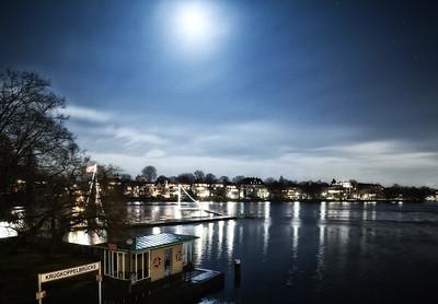 Außenalster krugkoppelbrücke bei Nacht
