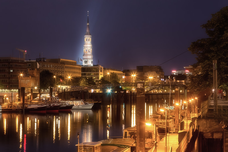Hamburg Binnenhafen bei Nacht