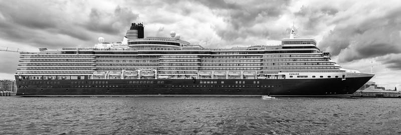 Queen Elizabeth Schiff in Hamburg Kreuzfahrtschiff