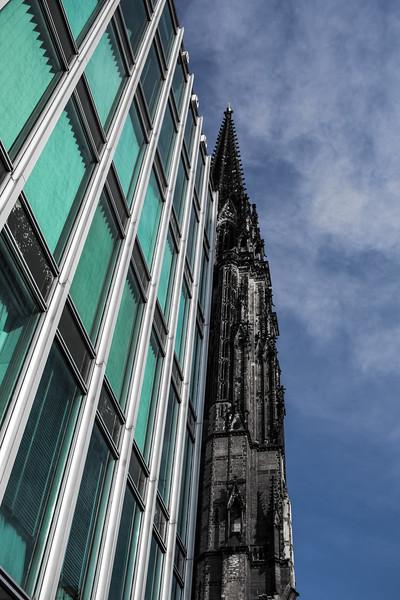 Hamburg Süd und Sankt Nikolai Architektur