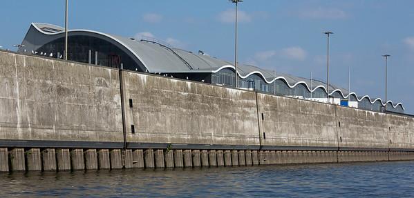 Großmarkt Hamburg vom Wasser aus gesehen