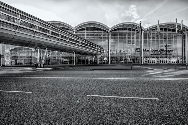 Hamburg Messe Architektur schwarz-weiß