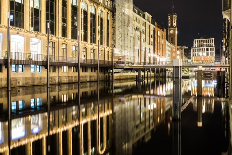 Fleet Hamburger Innenstadt bei Nacht