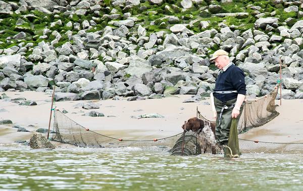 Elbfischer mit Hund