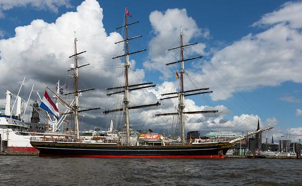 Holländisches Segelschiff im Hamburger Hafen