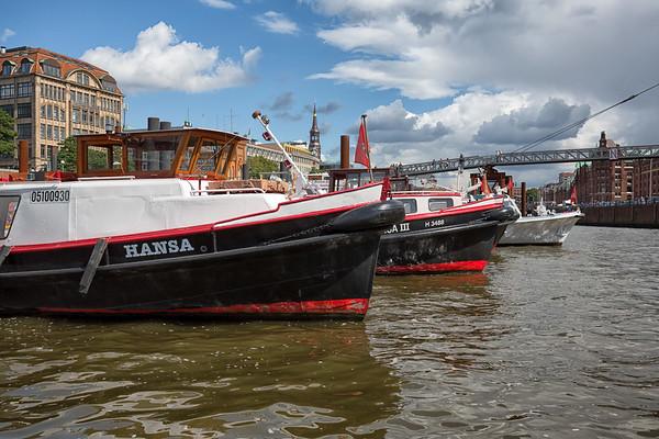 Binnenhafen Hamburg mit Barkassen