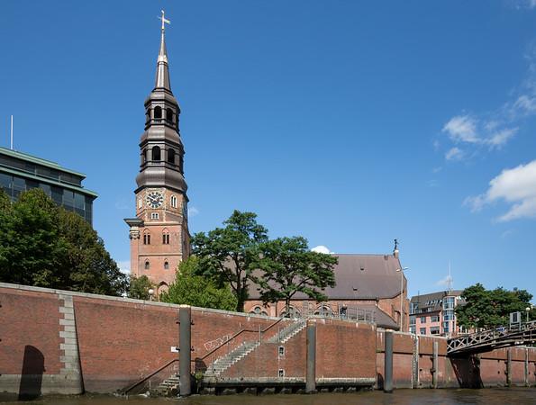 Hauptkirche St. Katharinen am Zollkanal Hamburg