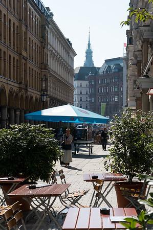 Colonnaden Hamburg bei Sonne