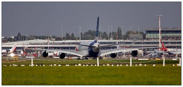 | Airbus A380 auf dem Hamburger Flughafen | Flugzeuge | Bild Nr.: 20070916-_MG_8080-Andreas-Vallbracht