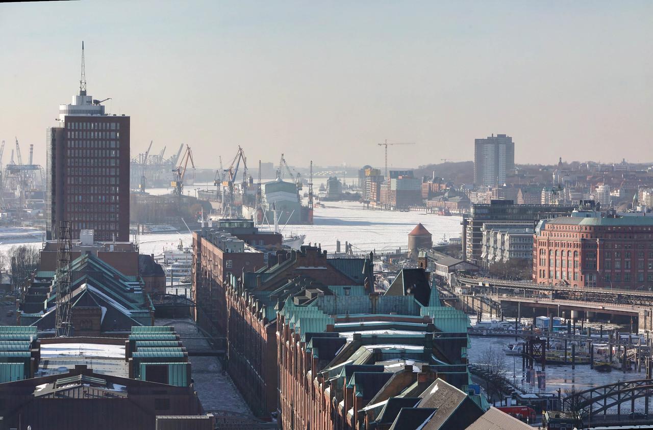 Bild-Nr.: 20100126-_MG_9413 Panorama-m-Andreas-Vallbracht | Capture Date: 2014-03-15 14:41