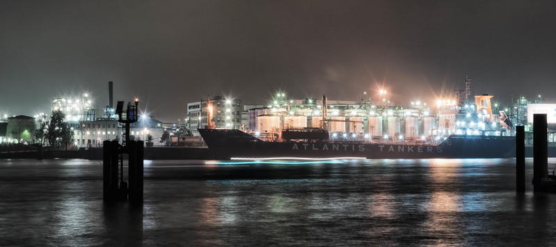 Bild-Nr.: 20151017-DSC02219-Abends HafenCity Niesel-e-2-Andreas-Vallbracht   Capture Date: 2015-10-18 12:43