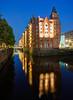 2014-08-20 21:45 | Speicherstadt Hamburg Holländischbrookfleet am Abend | Architektur, Hafencity, Speicherstadt | Bild Nr.: 20140820-DSC06537-fus-----Andreas-Vallbracht