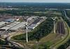 Hafengebiet Logistikzentrum mit Windkraftanlage und Autobahn 7 Hamburg