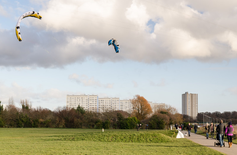 Kite boarding in Weston Shore