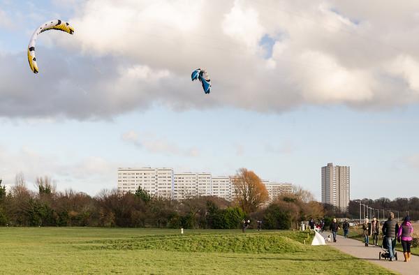 Kite boarding in Weston Shore