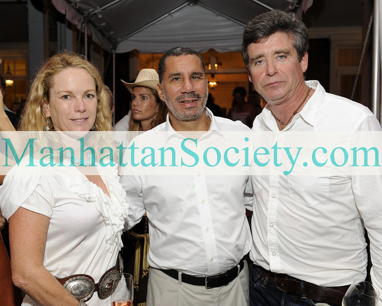WATERMILL-AUGUST 22: Anne Hearst McInerney, Governor David A. Paterson & Jay McInerney attend BEST BUDDIES Hamptons Gala 2009 on Friday, August 21, 2009 at the home of Anne Hearst McInerney & Jay McInerney, Watermill, New York (Photo Credit: ©ManhattanSociety.com by Gregory Partanio)