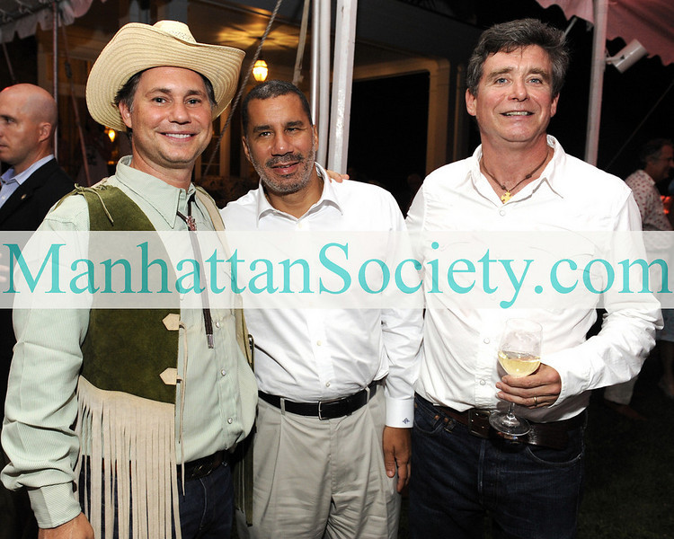 WATERMILL-AUGUST 22: Jason Binn, Governor David A. Paterson, Jay McInerney attend BEST BUDDIES Hamptons Gala 2009 on Friday, August 21, 2009 at the home of Anne Hearst McInerney & Jay McInerney, Watermill, New York (Photo Credit: ©ManhattanSociety.com by Gregory Partanio)