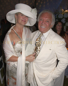 "Marcy Warren ""Fashion Committee"" wearing Carlos Miele with Rroducer Marty Richards"