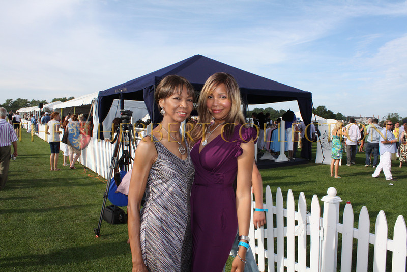 """Peggie Walker with Tia Walker; blogger  <a href=""""http://www.TheQuestforIt.com"""">http://www.TheQuestforIt.com</a>"""