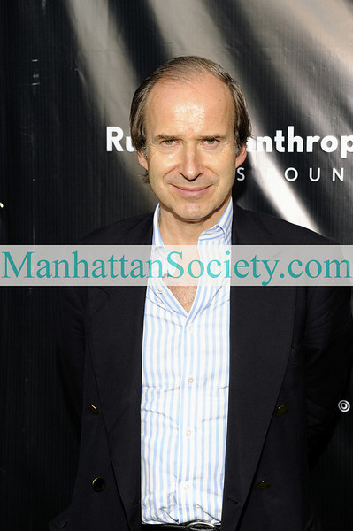 EAST HAMPTON-JULY 18:  Simon de Pury  attends Rush Philanthropic Arts Foundation's 10th Anniversary ART FOR LIFE Benefit on Saturday, July 18, 2009 at Russell Simmons' East Hampton Estate, East Hampton, New York (Photo Credit: ManhattanSociety.com by Gregory Partanio)