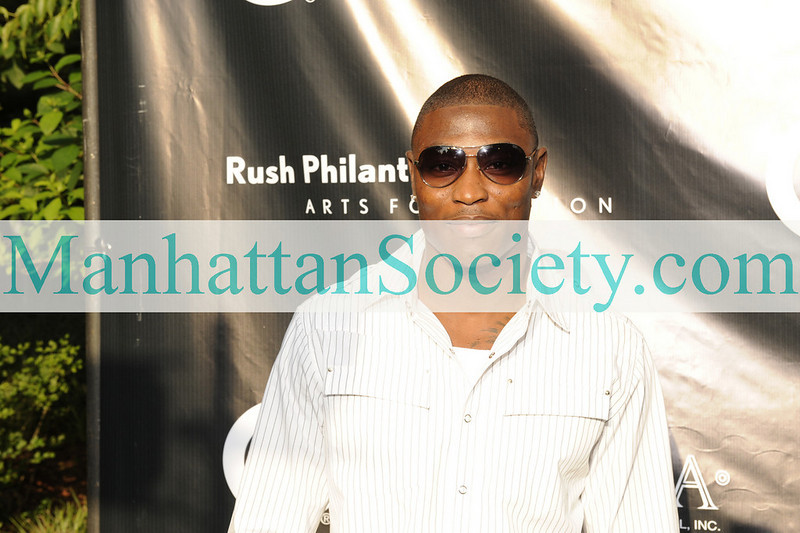 EAST HAMPTON-JULY 18: Evan Oglesby attends Rush Philanthropic Arts Foundation's 10th Anniversary ART FOR LIFE Benefit on Saturday, July 18, 2009 at Russell Simmons' East Hampton Estate, East Hampton, New York (Photo Credit: ManhattanSociety.com by Gregory Partanio)