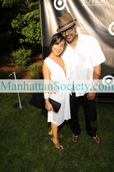 EAST HAMPTON-JULY 18: Guest attend Rush Philanthropic Arts Foundation's 10th Anniversary ART FOR LIFE Benefit on Saturday, July 18, 2009 at Russell Simmons' East Hampton Estate, East Hampton, New York (Photo Credit: ManhattanSociety.com by Gregory Partanio)