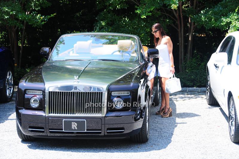 Rolls Royce<br /> photo by Rob Rich © 2010 robwayne1@aol.com 516-676-3939