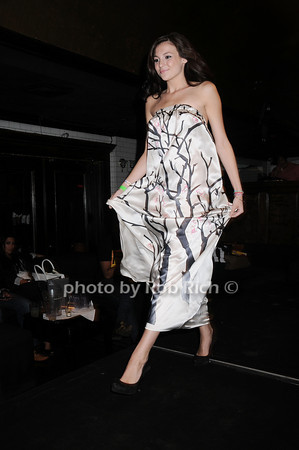 Beata Bohman fashion<br /> photo by Rob Rich © 2010 robwayne1@aol.com 516-676-3939