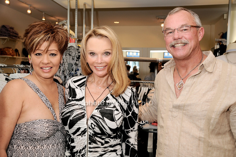 Rosalina  Lydster, Fran Harris, Marty Lydster<br /> photo by Rob Rich © 2010 robwayne1@aol.com 516-676-3939