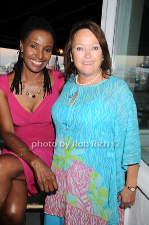 B.Smith, Nancy Haynes<br /> photo by Rob Rich © 2010 robwayne1@aol.com 516-676-3939