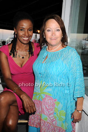 B.Smith, Nancy Haynes<br /> photo by Rob Rich © 2010 robwayne1@aol.com 516-676-3939