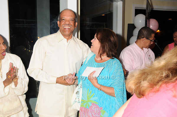 Ewart Brown, Nancy Haynes<br /> photo by Rob Rich © 2010 robwayne1@aol.com 516-676-3939