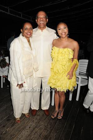 Wanda Brown, Premier Ewart Brown,  Lynn Whitfield<br /> photo by Rob Rich © 2010 robwayne1@aol.com 516-676-3939