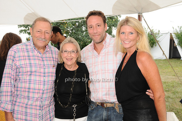 Sid Tobias, Maryann Tobias, Sam Tobias, Gail Tobias<br /> photo by Rob Rich © 2010 robwayne1@aol.com 516-676-3939