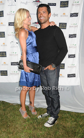 Kelly Ripa, Mark Consuelos<br /> photo by Rob Rich © 2007 robwayne1@aol.com 516-676-3939