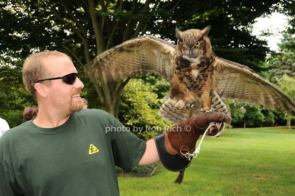 Dennis Fleury, Kilalla (Great Horned Owl)<br /> photo by Rob Rich © 2010 robwayne1@aol.com 516-676-3939