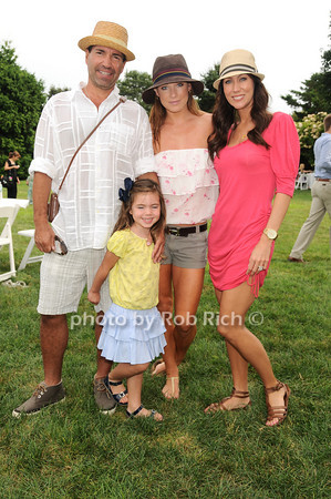 Richie Notar, Harlow Notar, Jane Notar, Melissa Zapin<br /> photo by Rob Rich © 2010 robwayne1@aol.com 516-676-3939