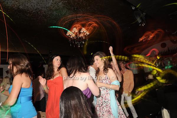 dancing<br /> photo by Rob Rich © 2010 robwayne1@aol.com 516-676-3939