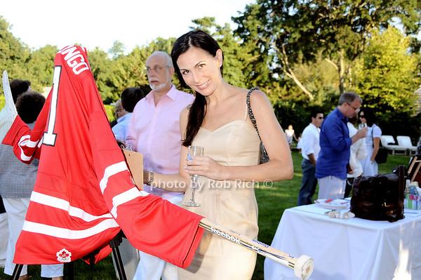 Nancy Faingar<br /> photo by Rob Rich © 2010 robwayne1@aol.com 516-676-3939