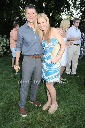 Gerry Logue, Sandi Isaacs<br /> photo by Rob Rich © 2010 robwayne1@aol.com 516-676-3939