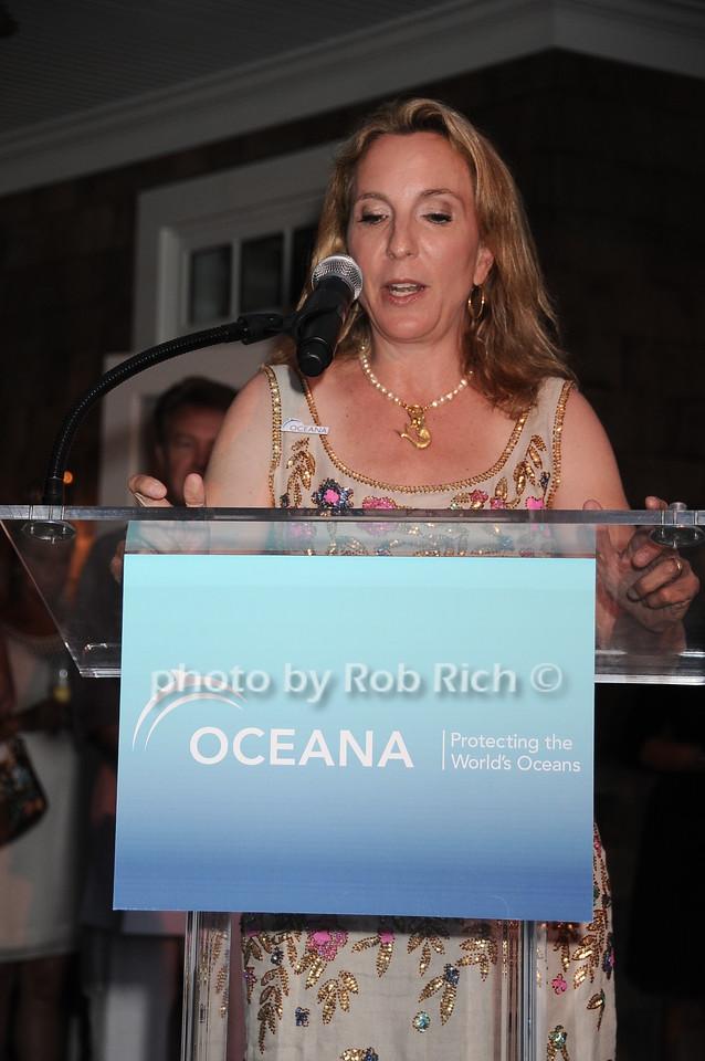 Sue Cohn Rockefeller photo by Rob Rich © 2010 robwayne1@aol.com 516-676-3939